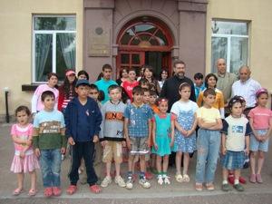 Hayr Surb Aren Jepejian_Visit Gavar Orphanage.jpg