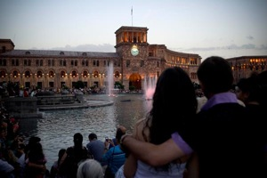 yerevan_republic_square.jpg