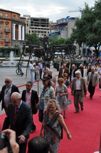Red carpet_resize1.jpg