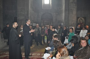CASP_ Father Grigor Hovsepyan in St. Grigor Lusavorich Church