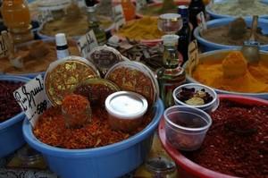 Pak Shuka_Spice, Yerevan's closed market (c) www.girls.am